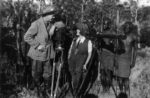Osa and Martin Johnson with special cameras in Africa_1922_300