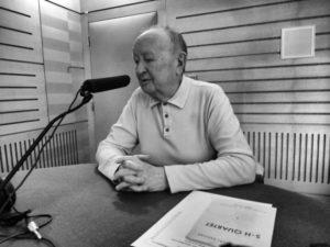 Jan Konopásek ve studiu Českého rozhlasu Brno u příležitosti předání Ceny Gustava Broma, duben 2016. (Foto Jiří Plocek)